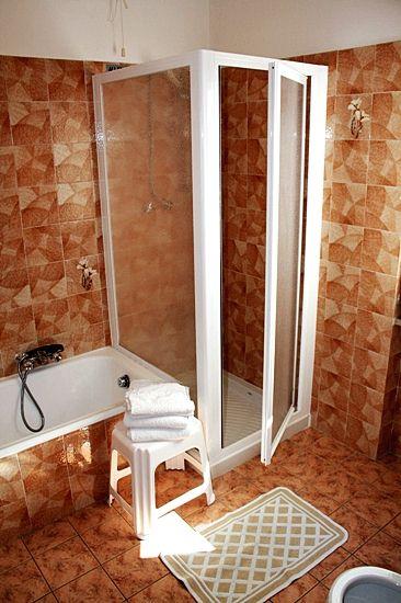 Apartment Gardasee mit Dusche u. Badewanne in residence Gardasee Casa Maria