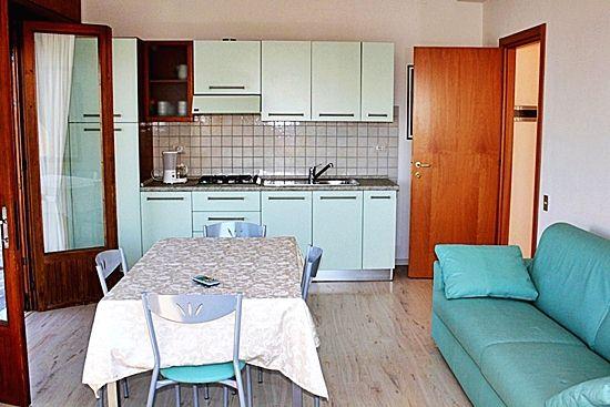 Apartment Gardasee für 4 Personen mit Wohn- Esszimmer - Residence Casa Maria - Gardasee